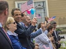 Υποψήφιος Χίλαρι Κλίντον και κυβερνήτης Andrew Cuomo στοκ εικόνα με δικαίωμα ελεύθερης χρήσης