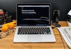 Υπολογιστές της Apple στις πιό πρόσφατες ανακοινώσεις WWDC του υπέρ βάρους ipad, Στοκ Εικόνες