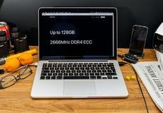 Υπολογιστές της Apple στις πιό πρόσφατες ανακοινώσεις WWDC του υπέρ RAM ΟΔΓ iMac Στοκ Φωτογραφίες