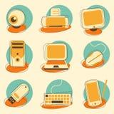 Υπολογιστής και σύνολο εικονιδίων ηλεκτρονικής Στοκ Φωτογραφία