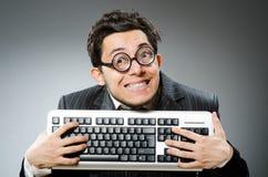 Υπολογιστής geek με τον υπολογιστή Στοκ Φωτογραφίες