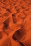Υπόβαθρο αμμόλοφων της πορτοκαλιάς ερήμου, ρούμι wadi Στοκ φωτογραφίες με δικαίωμα ελεύθερης χρήσης