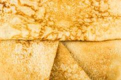 Υπόβαθρο από τις πολλαπλάσιες διπλωμένες ρωσικές τηγανίτες Στοκ φωτογραφίες με δικαίωμα ελεύθερης χρήσης