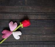 Υπόβαθρο βαλεντίνων, καρδιά, ημέρα βαλεντίνων, δώρο, χειροποίητο Στοκ Φωτογραφία