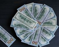 Υπόβαθρο για την επιγραφή από τις σημειώσεις 100 δολάρια Στοκ εικόνα με δικαίωμα ελεύθερης χρήσης