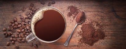 Υπόβαθρο εμβλημάτων φλυτζανιών καφέ στοκ φωτογραφία με δικαίωμα ελεύθερης χρήσης