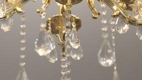 Υπόβαθρο λεπτομέρειας πολυελαίων κρυστάλλου Τα κρύσταλλα κλείνουν επάνω κίνηση αργή απόθεμα βίντεο