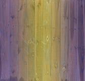 Υπόβαθρο ζωηρόχρωμο ο παλαιός ξύλινος φράκτης Στοκ Φωτογραφίες