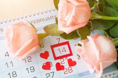 Υπόβαθρο ημέρας βαλεντίνων ` s του ST με στις 14 Φεβρουαρίου ημερολογιακής ημερομηνίας, Στοκ Εικόνες