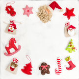 Υπόβαθρο διακοπών τσαντών δώρων διακοσμήσεων πλαισίων Χριστουγέννων Στοκ φωτογραφία με δικαίωμα ελεύθερης χρήσης