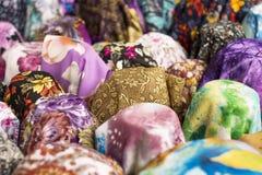 Υπόβαθρο και σύσταση των χρωμάτων και σχέδιο του υφάσματος στο κατάστημα Στοκ Εικόνα