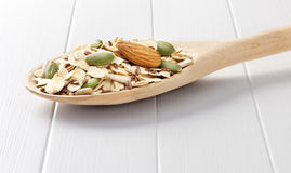 Υπόβαθρο κουταλιών Muesli δημητριακών Στοκ φωτογραφία με δικαίωμα ελεύθερης χρήσης