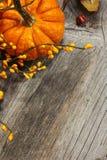 Υπόβαθρο κολοκύθας φθινοπώρου αποκριών πτώσης Στοκ εικόνες με δικαίωμα ελεύθερης χρήσης