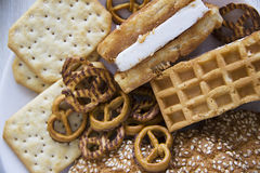 Υπόβαθρο με τα διάφορα μπισκότα και τα συστατικά 03 αρώματος Στοκ Εικόνα