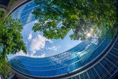Υπόβαθρο με τη λεπτομέρεια του νέου κτηρίου αρχιτεκτονικής Στοκ Εικόνες