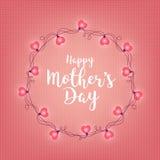 Υπόβαθρο με το διακριτικό και την ευτυχή ημέρα μητέρων s χαιρετισμού Αφηρημένο αναδρομικό ελαφρύ πλαίσιο Ρεαλιστικές γιρλάντες χρ Στοκ εικόνες με δικαίωμα ελεύθερης χρήσης