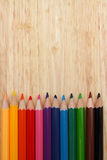 Υπόβαθρο μολυβιών, υπόβαθρο χρώματος, έννοια εκπαίδευσης, σχολείο Στοκ Φωτογραφίες