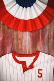 Υπόβαθρο μπέιζ-μπώλ με το πουκάμισο υφάσματος και ομάδας Στοκ φωτογραφία με δικαίωμα ελεύθερης χρήσης