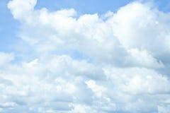Υπόβαθρο μπλε ουρανού Στοκ φωτογραφία με δικαίωμα ελεύθερης χρήσης