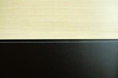 Υπόβαθρο ξύλου και δέρματος Στοκ εικόνες με δικαίωμα ελεύθερης χρήσης