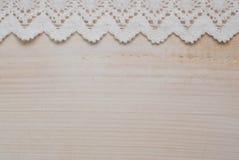Υπόβαθρο ξύλου και δαντελλών Στοκ εικόνα με δικαίωμα ελεύθερης χρήσης