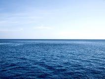 Υπόβαθρο οριζόντων θάλασσας και ουρανού Στοκ Φωτογραφίες