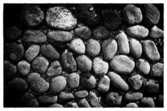 Υπόβαθρο πετρών θάλασσας Στρογγυλευμένη σύσταση πετρών Χρωματισμένος κυβόλινθος στοκ εικόνες