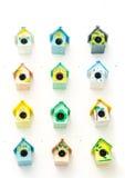 Υπόβαθρο πολλών μικρό birdhouses Στοκ Εικόνες