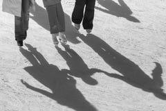 Υπόβαθρο σκιών της οικογένειας στον πάγο Στοκ Εικόνες