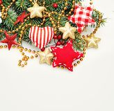 Υπόβαθρο συνόρων Χριστουγέννων με τη διακόσμηση Στοκ Εικόνες