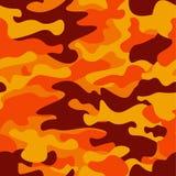 Υπόβαθρο σχεδίων κάλυψης Το κλασικό camo κάλυψης ύφους ιματισμού επαναλαμβάνει την τυπωμένη ύλη Πορτοκαλί καφετί κίτρινο δάσος χρ Στοκ Φωτογραφία