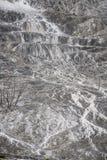 Υπόβαθρο σύστασης βράχου ηφαιστείων - μαμμούθ καυτά ελατήρια yellowston Στοκ Εικόνα