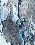 Υπόβαθρο του μετάλλου που χρωματίζεται με το ραγισμένο χρώμα Στοκ φωτογραφία με δικαίωμα ελεύθερης χρήσης