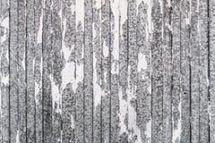 Υπόβαθρο του μετάλλου φύλλων με την άσπρη αποφλοίωση χρωμάτων μακριά Στοκ εικόνα με δικαίωμα ελεύθερης χρήσης