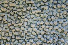 υπόβαθρο του παλαιού τοίχου πετρών με το μπλε χρώμα αποφλοίωσης στοκ φωτογραφίες