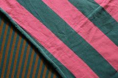 Υπόβαθρο του υφάσματος βαμβακιού των πολυ χρωμάτων του υφάσματος Στοκ Εικόνες