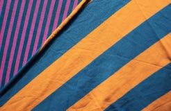 Υπόβαθρο του υφάσματος βαμβακιού των πολυ χρωμάτων του υφάσματος Στοκ εικόνες με δικαίωμα ελεύθερης χρήσης