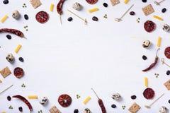 Υπόβαθρο τροφίμων λαχανικών και φρούτων Οργανικά υγιή χορτοφάγα τρόφιμα Σχεδιάγραμμα αγοράς αγροτών Διαστημική, τοπ άποψη αντιγρά στοκ φωτογραφίες με δικαίωμα ελεύθερης χρήσης