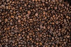 Υπόβαθρο των ευωδών καφετιών φασολιών Στοκ Εικόνες