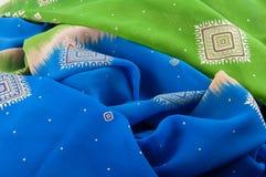 Υπόβαθρο φιαγμένο από τσαλακωμένο πολύχρωμο ύφασμα σιφόν Στοκ Φωτογραφία