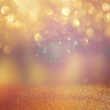 Υπόβαθρο φω'των Bokeh με τα μικτά καφετιά και κίτρινα θερμά γείηνα χρώματα Στοκ Εικόνες