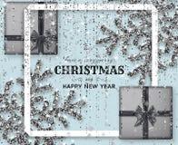 Υπόβαθρο Χαρούμενα Χριστούγεννας με λαμπρά snowflakes, τα ασημένια κιβώτια δώρων και γκρίζες χρωματισμένες tinsel και την ταινία  απεικόνιση αποθεμάτων