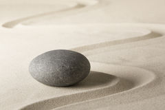 Υπόβαθρο χαλάρωσης wellness SPA με την άμμο και τις πέτρες Στοκ φωτογραφία με δικαίωμα ελεύθερης χρήσης