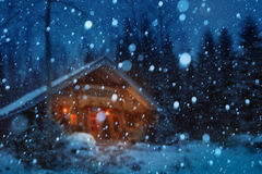 Υπόβαθρο χειμερινής νύχτας Χριστουγέννων στοκ φωτογραφίες