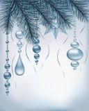 Υπόβαθρο χειμερινών διακοπών με τους ασημένιους κλάδους και τη διακόσμηση έλατου Στοκ Εικόνες