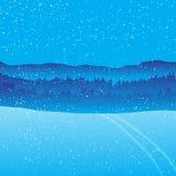 Υπόβαθρο χειμερινών τοπίων διακοπών με το δασικό βουνό Στοκ φωτογραφίες με δικαίωμα ελεύθερης χρήσης