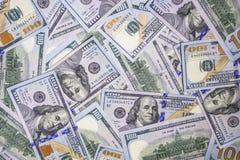 Υπόβαθρο χρημάτων των νέων μετρητών λογαριασμών εκατό δολαρίων στοκ εικόνα