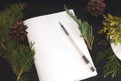 Υπόβαθρο Χριστουγέννων ή κάρτα Χριστουγέννων Προετοιμασία για το χειμερινό holida Στοκ Φωτογραφία