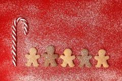 Υπόβαθρο Χριστουγέννων ατόμων μελοψωμάτων Στοκ Εικόνα
