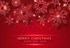 Υπόβαθρο Χριστουγέννων με λάμποντας χρυσά snowflakes και το χιόνι Απεικόνιση καρτών Χαρούμενα Χριστούγεννας στο κόκκινο υπόβαθρο ελεύθερη απεικόνιση δικαιώματος